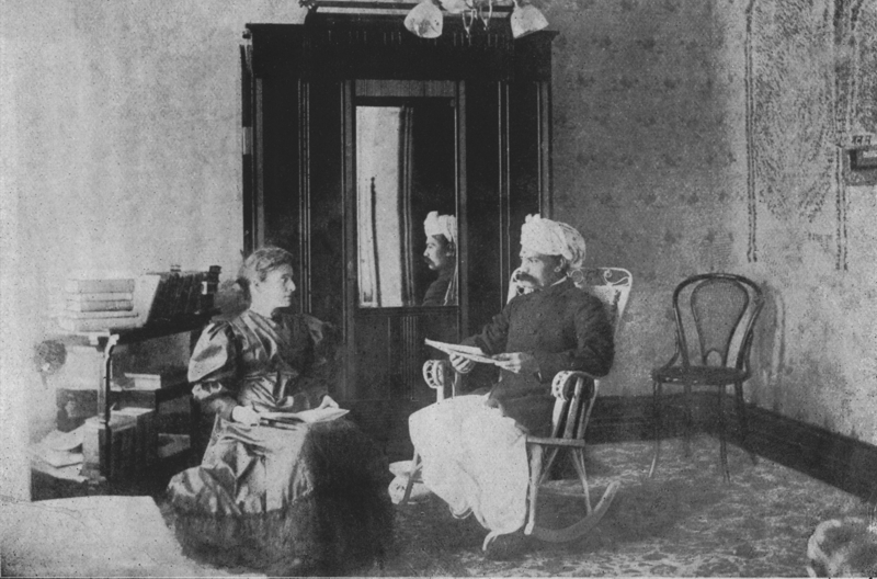 http://www.herenow4u.net/fileadmin/v3media/pics/Books_online/The_Chicago-Prashnottar/03_Mr.Veerchand_Raghavji_Ghandi_teaching_Jain_philosophy_to_a_lady_in_America_1893.jpg