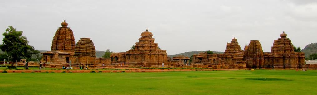 http://www.herenow4u.net/fileadmin/v3media/pics/Jain_Temples/Pattadakal_004.jpg
