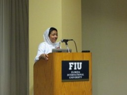 http://www.herenow4u.net/fileadmin/v3media/pics/organisations/FIU_Miami/2013/2012.09-12_News_from_Miami_04.jpg