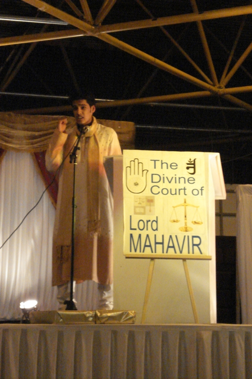 http://www.herenow4u.net/fileadmin/v3media/pics/organisations/JVB/JVB_London/Mahaveer_Janma_Kalyanak1891.JPG