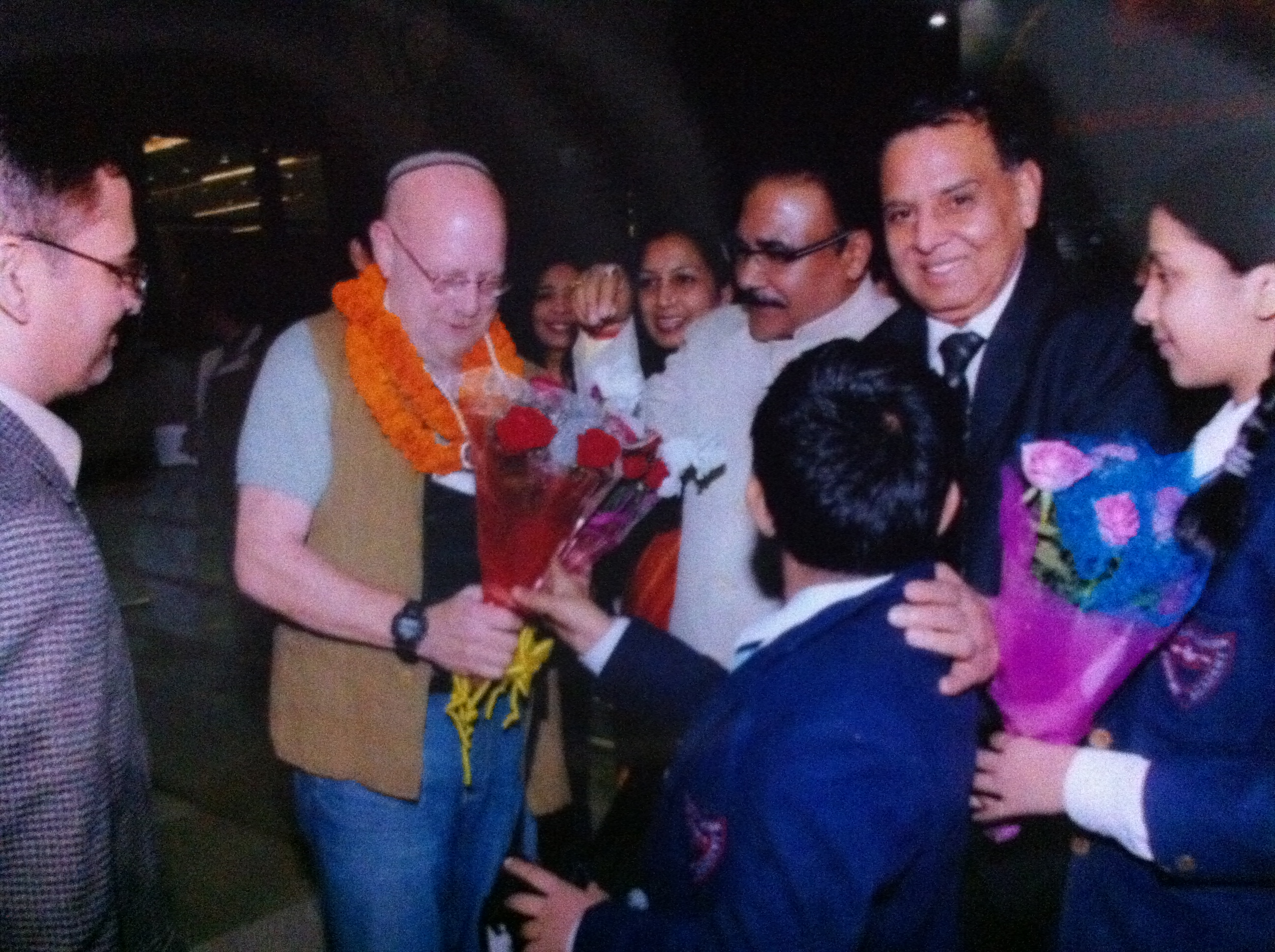 http://www.herenow4u.net/fileadmin/v3media/pics/organisations/Jain_Education_and_Research_Foundation/2010-11_Dr._Nathan_Katz_Visits_India/101122_Dr._Nathan_Katz_338.JPG
