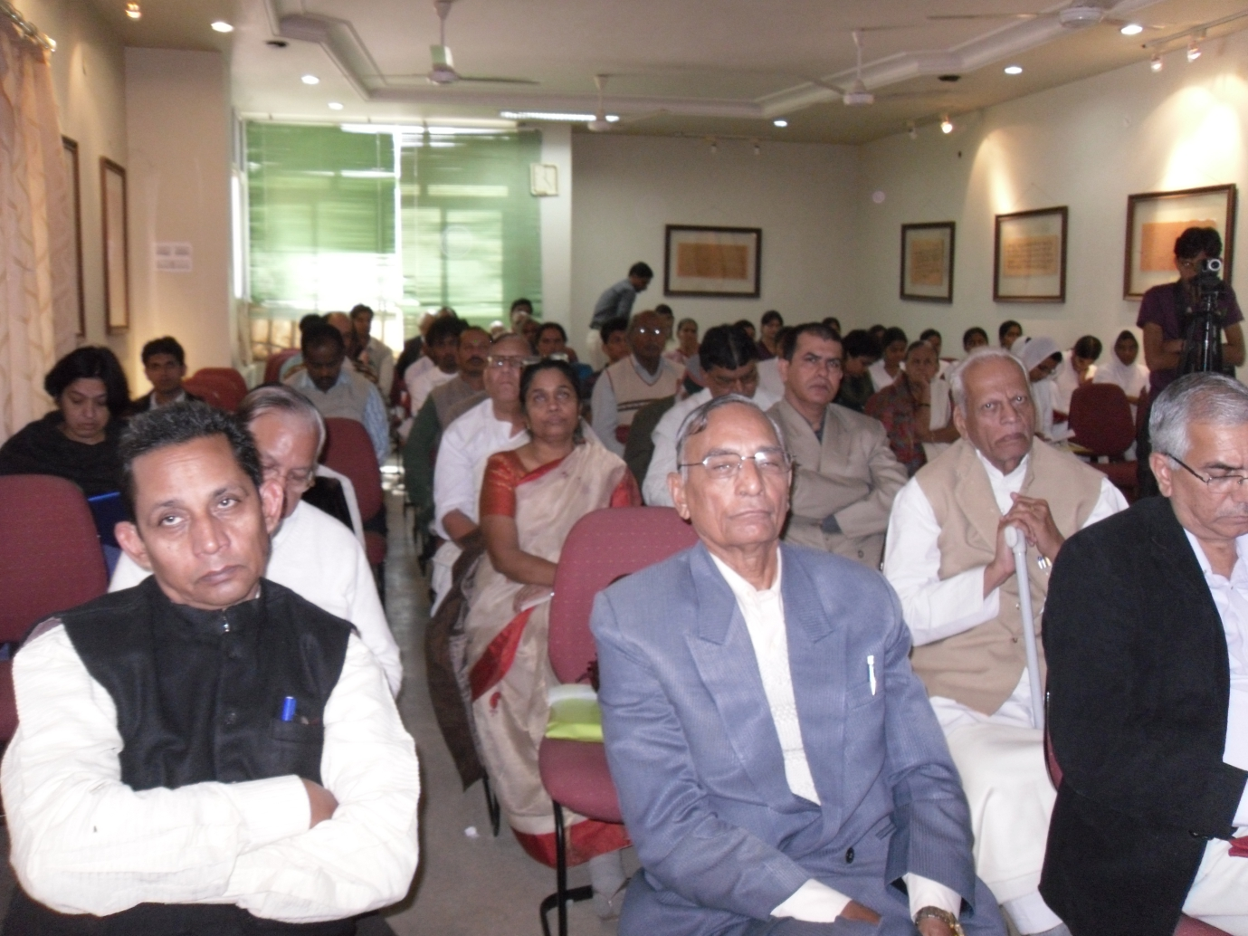 http://www.herenow4u.net/fileadmin/v3media/pics/organisations/Jain_Education_and_Research_Foundation/2010-11_Ladnun_Report_Dugar/Ladnun_Report_Dugar_06.jpg