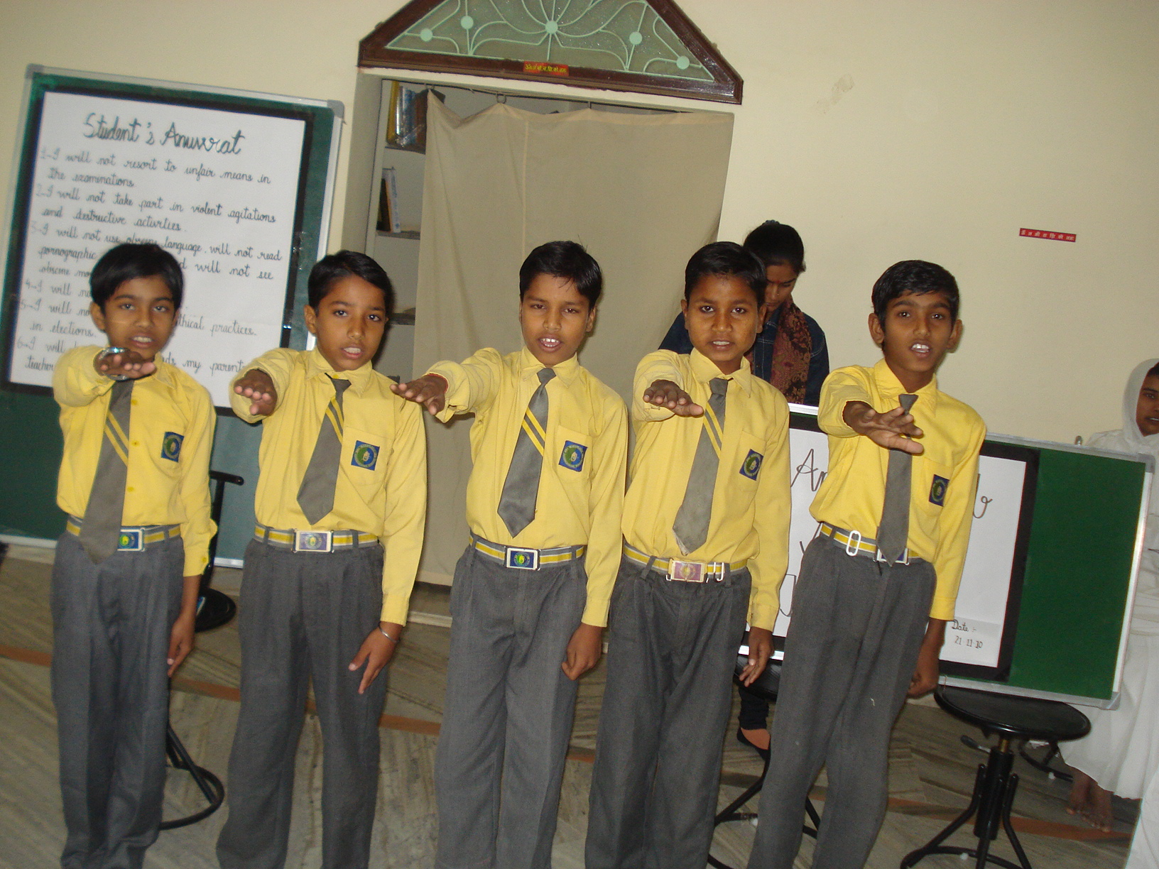 http://www.herenow4u.net/fileadmin/v3media/pics/organisations/Mahapragya_International_School/Anuvrat_Pledge_2.jpg