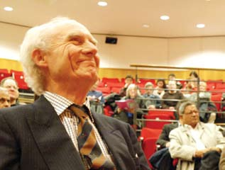 http://www.herenow4u.net/fileadmin/v3media/pics/organisations/SOAS/Workshop_2010/2010_SOAS_Workshop_01.jpg