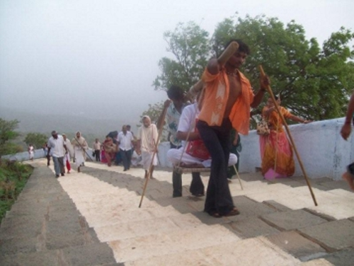 http://www.herenow4u.net/fileadmin/v3media/pics/persons/Dr._Atul_K._Shah/Ascend_The_Mind/Climbing_the_3_500_steps_to_Moksha_and_Liberation.jpg