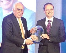 Vineet Jain, managing director of the Times Group, was conferred this year's Impact Person of the Year Award.